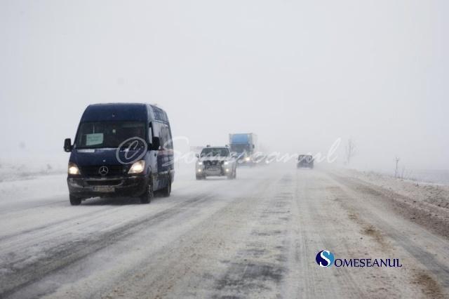 ninsoare trafic, circulatie iarna zapada