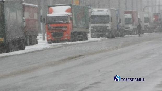trafic restrictionat granita tir camioane iarna zapada