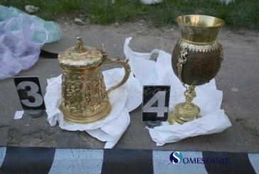 Obiecte de patrimoniu furate din Ungaria, descoperite de politistii de frontiera din Carei