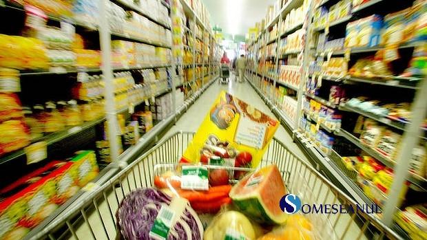 cumparaturi piata alimente mancare