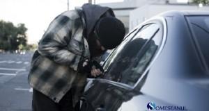 hot furt autoturism masina furata