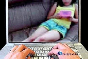 Pornografie infantilă pe Facebook. Peste o mie de fetițe abuzate de un tânăr pe rețeaua de socializare
