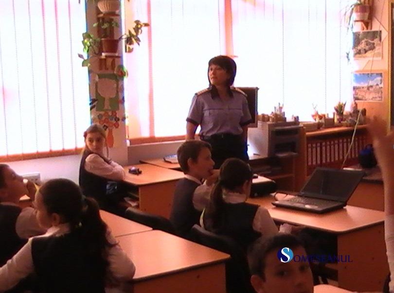 siguranta copilului politisti elevi - 3
