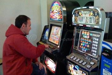 Dejean cercetat pentru organizare de jocuri de noroc fără licență