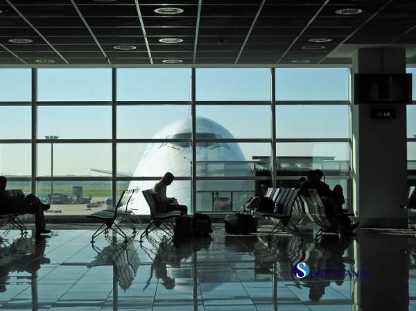 asteptare aeroport