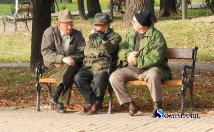 Pensii mai mari, pensionari mai puțini