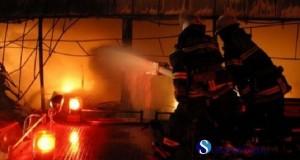 incendiu apartament balcon