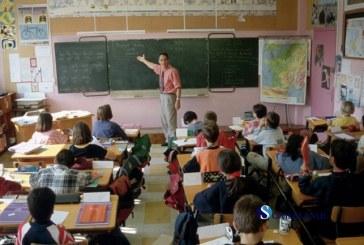 Mii de elevi din Bistrița-Năsăud încep mâine școala în unități neautorizate