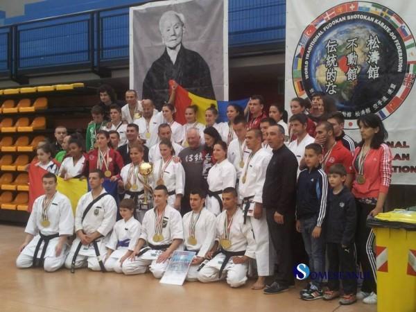 lotul romaniei la campionatul european karate