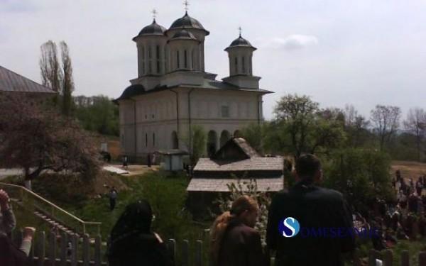 manastirea izvorul tamaduirii salva