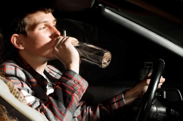 sofer beat alcool la volan