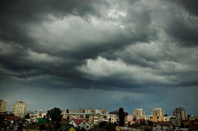 Vreme instabilă la începutul săptămânii viitoare. Prognoza meteo pentru luni și marți