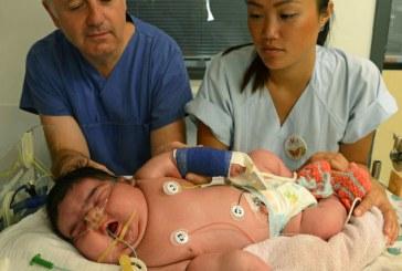 O nemţoaică a născut pe cale naturală un bebeluş uriaş