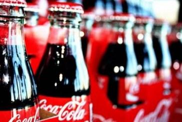 Coca-Cola renunţă la ambalajele PET