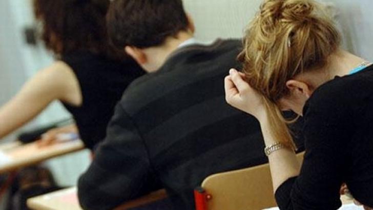 examen bacalaureat liceu facultate