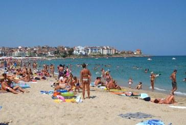 Avertizare pentru românii care călătoresc în Bulgaria: apa mării infectată cu hepatita A