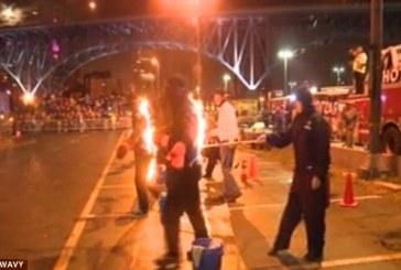 VIDEO | 21 de persoane şi-au dat foc pentru a intra în Cartea Recordurilor