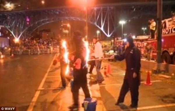 foc cartea recordurilor oameni