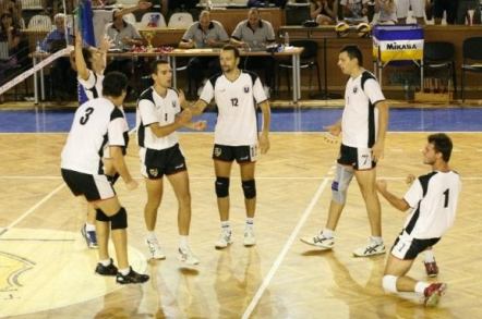 romeo-lotei-este-noul-antrenor-de-la-universitatea-cluj1381414475
