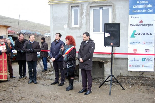 HFH Cluj - dedicarea caselor Chinteni 01
