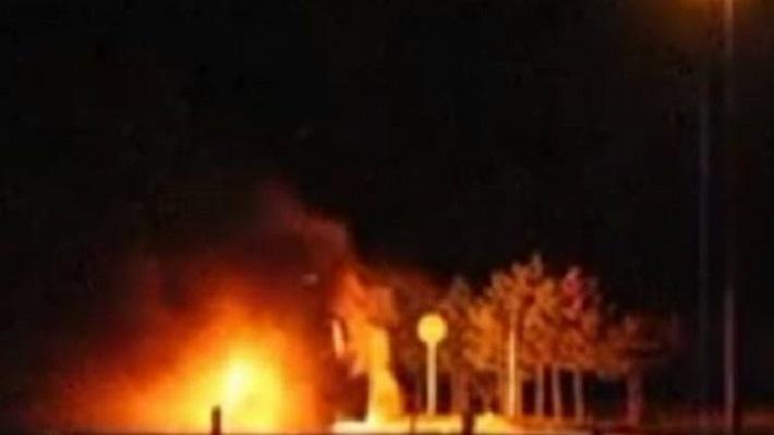 autocar incendiat ungaria