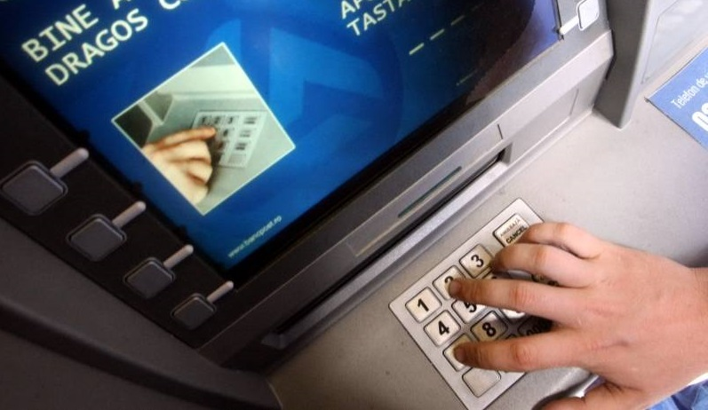 bancomat-atm-furt