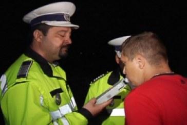 Alcoolul la volan poate avea consecințe grave. Doi șoferi s-au ales cu dosar penal