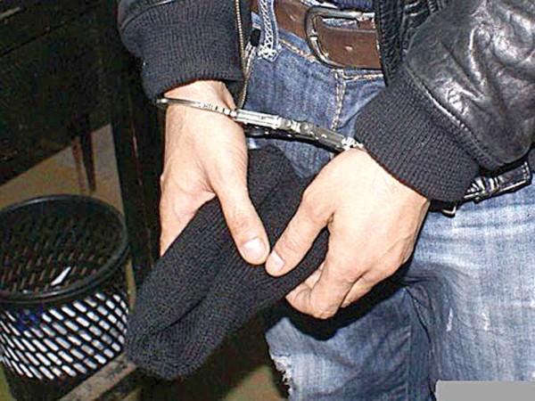 furt-arestat-catuse