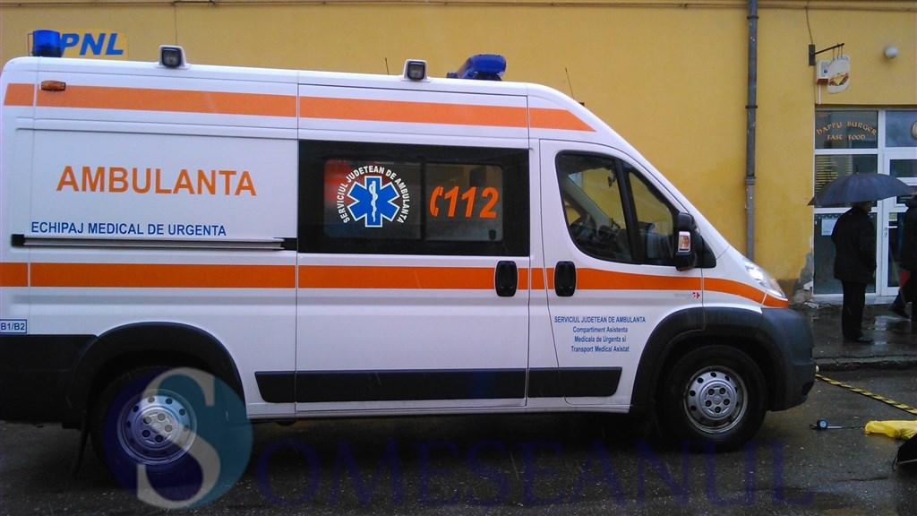 accident-gherla-pieton-ambulanta (11)