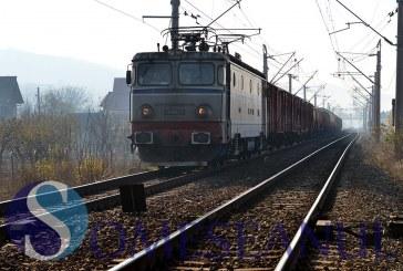 Tânără lovită de tren la Apahida. Avea căștile în urechi și nu a auzit trenul