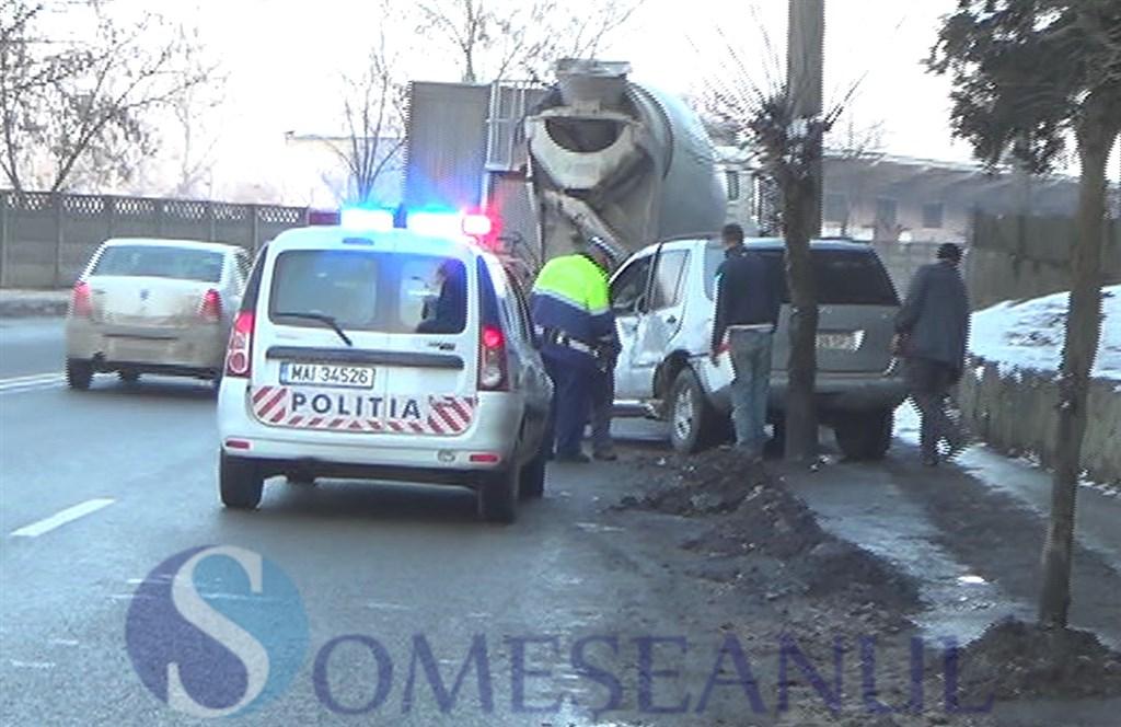 someseanul-accident betoniera autoturism dej