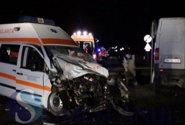 Un bistriţean a condus autoutilitara care s-a izbit de ambulanţa din Dej