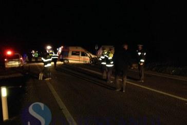 Accident la intrare în localitatea Cășeiu. O ambulanță de la Dej este implicată FOTO/VIDEO