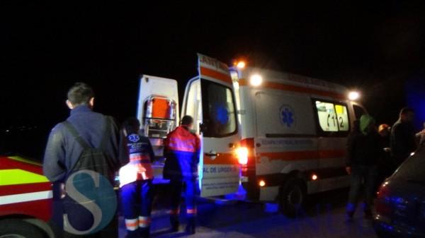accident masina sub tir ambulanta (6)