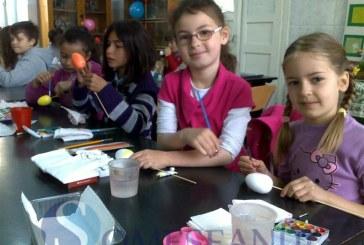 Obiceiuri şi tradiţii de primăvară, la Şcoala Gimnazială Nr. 1 Dej FOTO