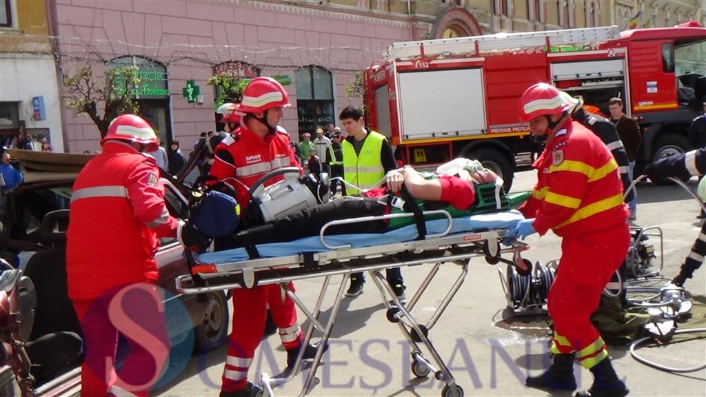 Simulare accidente campania Alege Viata la Dej (14)