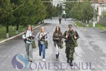 Armata – o școală altfel, pentru elevii Școlii Mihai Eminescu din Dej – FOTO