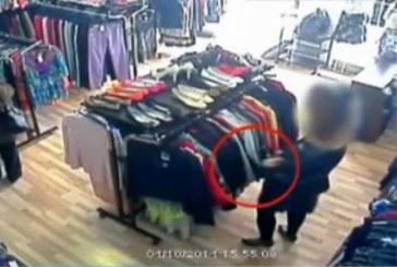 Doi puști au furat îmbrăcăminte dintr-un complex comercial din Cluj