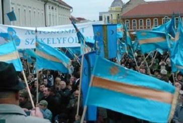 Mii de persoane au participat la un miting pentru autonomia Ţinutului Secuiesc