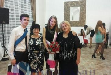 LAPI Dej și-a desemnat Miss și Mister Majorat FOTO