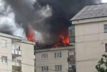 INCENDIU VIOLENT în Sighetu Marmației. Două persoane AU AJUNS LA SPITAL – FOTO/VIDEO
