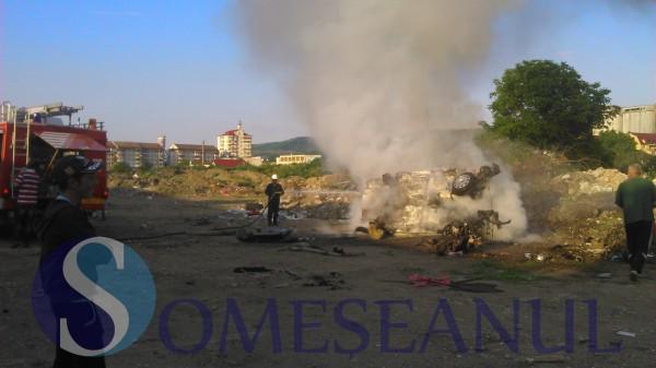 incendiu masina pompierii gherla6