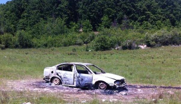 masina incendiata Ciceu Mihaiesti