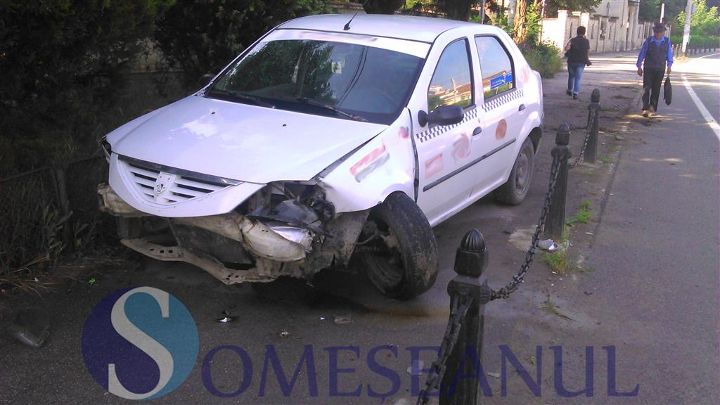 accident taxi gherla-3