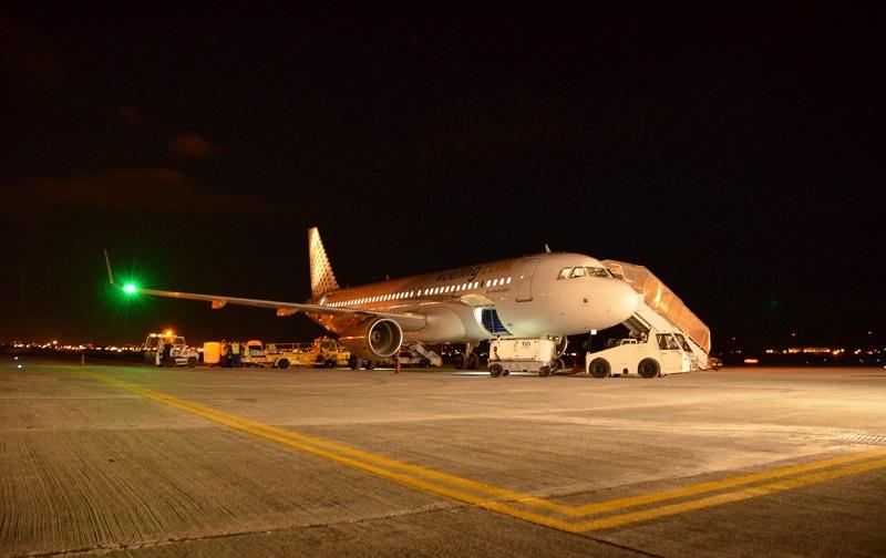 avion compania vueling