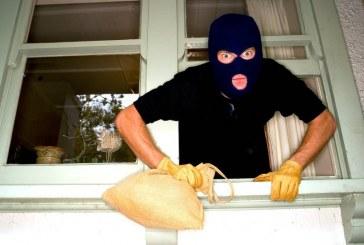 Hoții n-au luat concediu. Mai multe case de vacanță din Anieș prădate de hoți