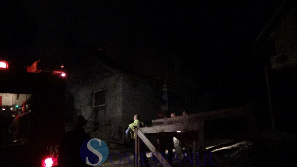 incendiu casa Guga (2)