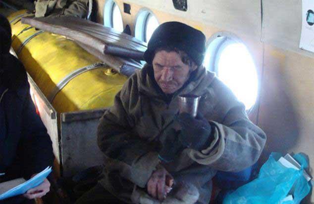 s-au-pierdut-in-siberia-le-a-murit-un-prieten-ce-gest-infiorator-au-facut-pentru-a-supravietui-18438389