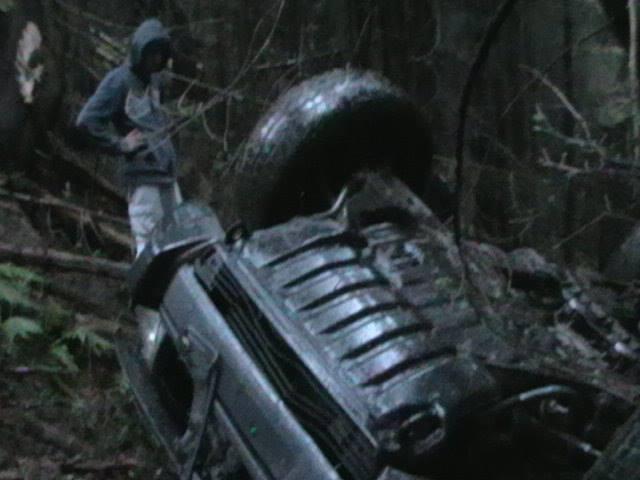 Din cauza vitezei excesive a plonjat cu autoturismul în râul Vişeu