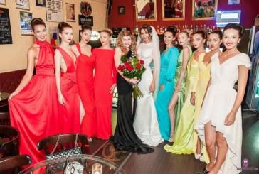 Dejeanca Alina Clapa și-a lansat propria colecție de designer – Scarlet
